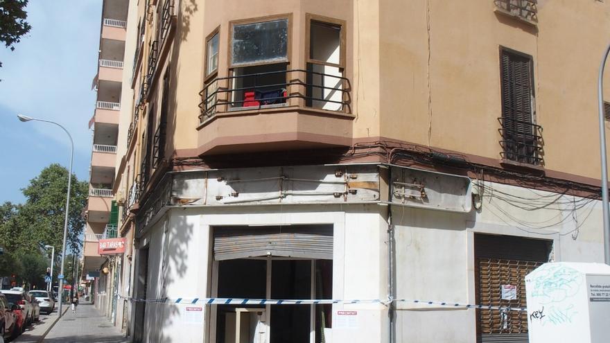 Cort precinta un edificio en la calle Manacor de Palma que amenaza ruina y con okupas
