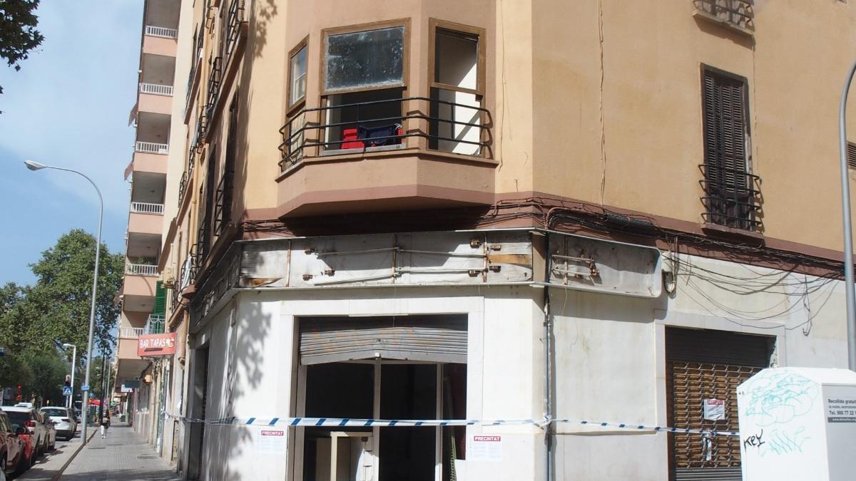 Frachada del edificio precitado por Cort en la calle Manacor.