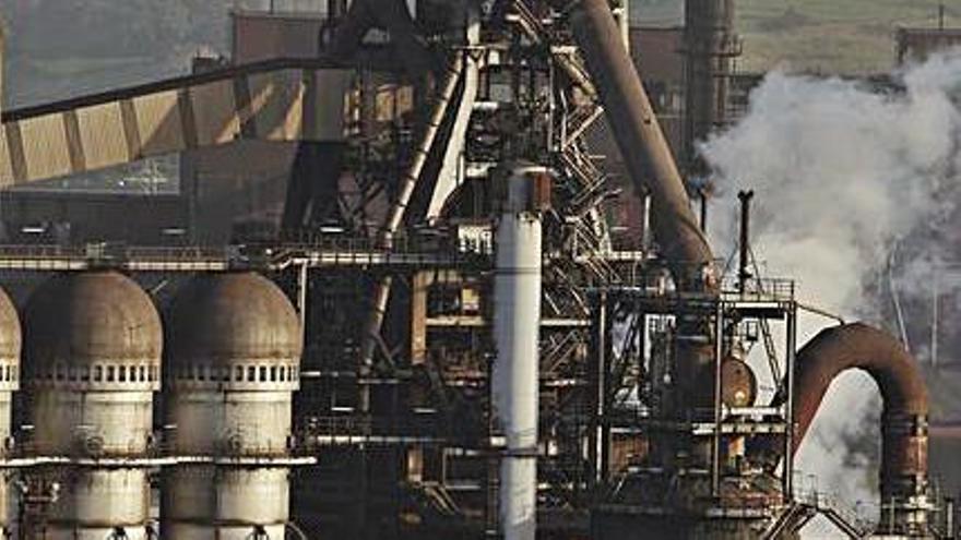 Uno de los hornos altos de Arcelor en Veriña.