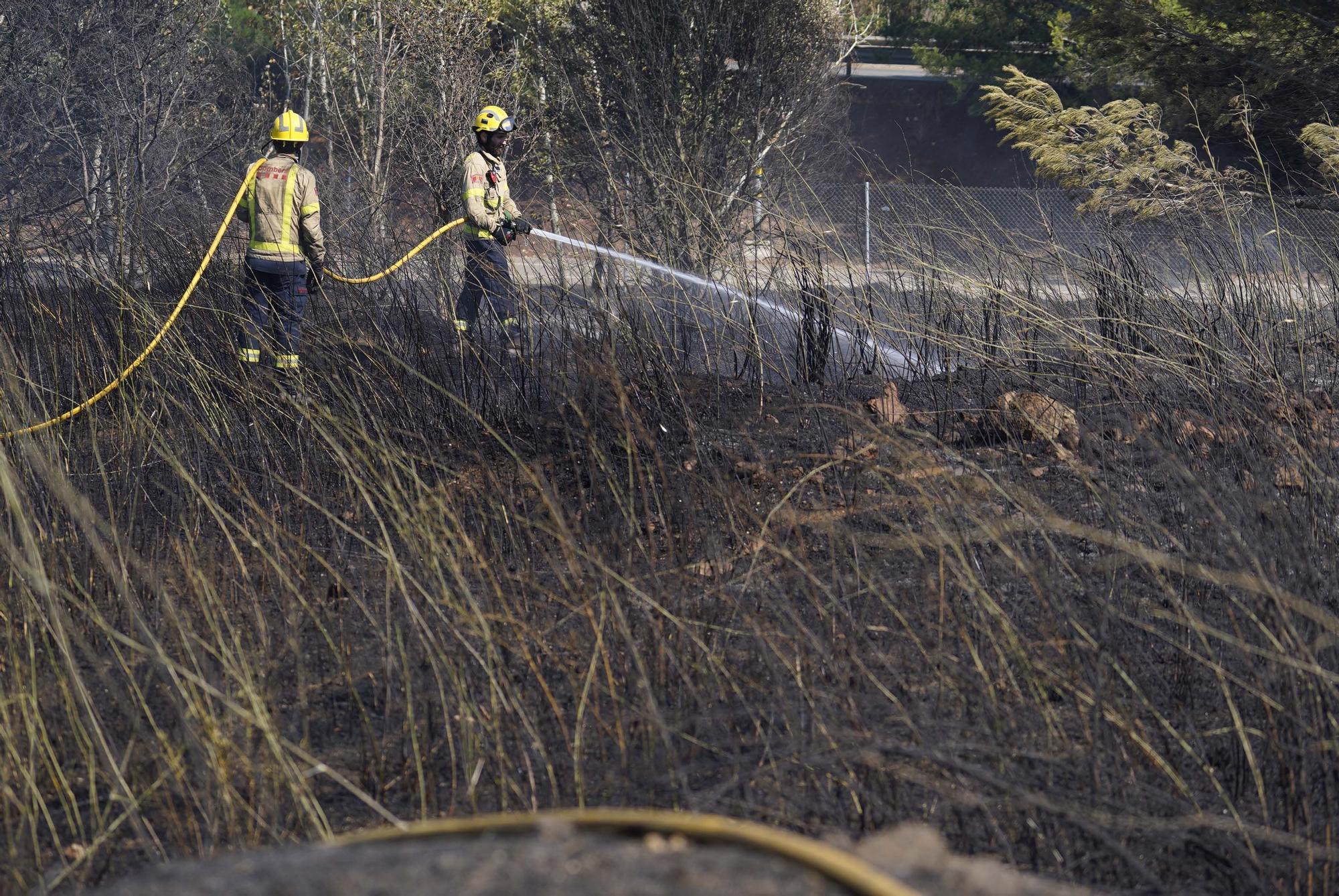 Incendi a Calonge: petit ensurt prop de la piscina