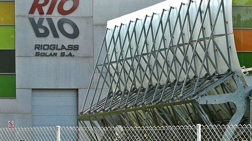 Rioglass Solar plantea el despido de 52 trabajadores y enfrenta movilizaciones