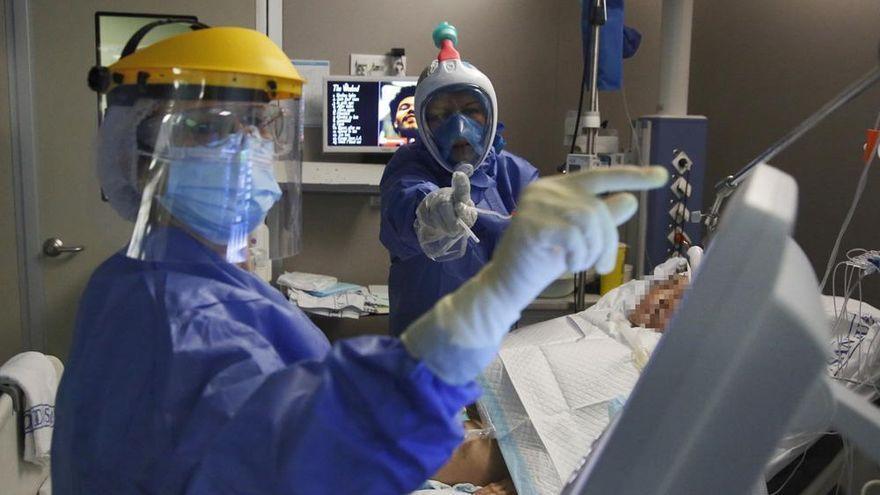 Cinco hospitalizados más por covid en Córdoba aunque los contagios siguen a la baja