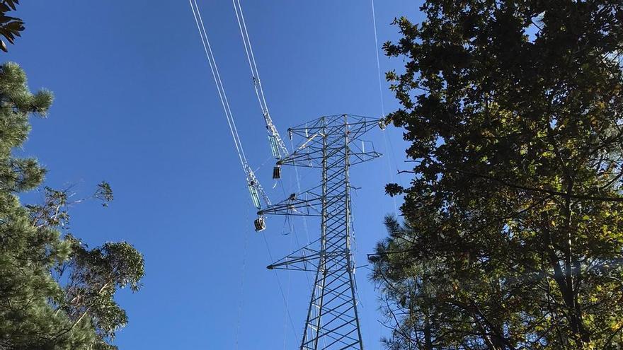 Torre eléctrica donde trabajaban los operadores.