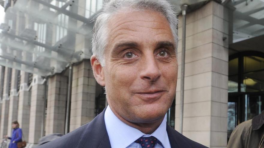 El Santander decide no fichar a Andrea Orcel como consejero delegado