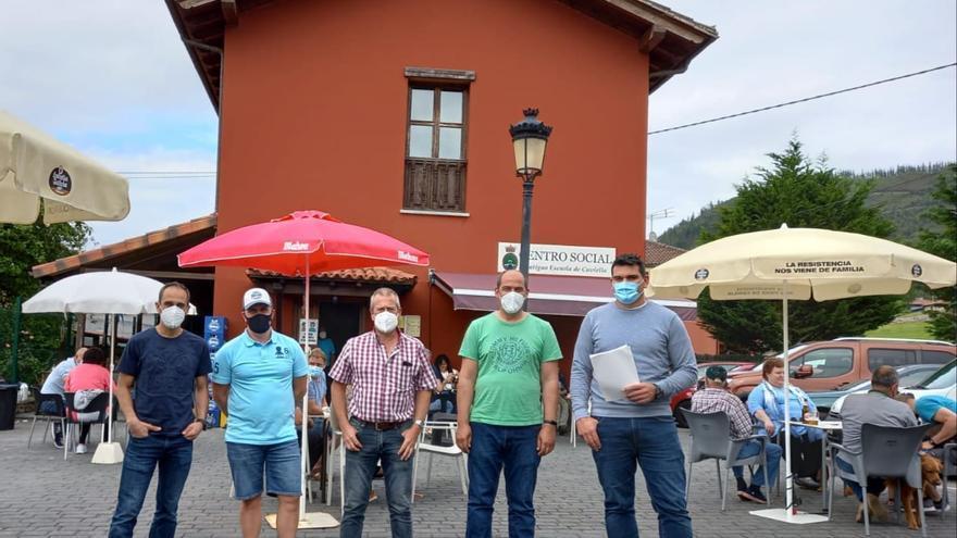 Juan Pablo Meana continúa como presidente de la Asociación de Vecinos de Coviella (Cangas de Onís)