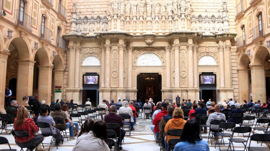 Montserrat prega per la fi de la pandèmia en una 'marató' d'oracions per tot el món