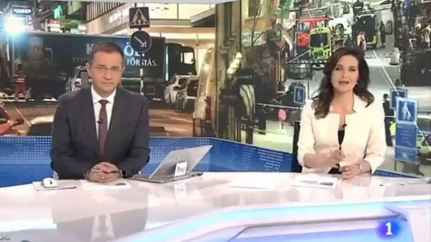 Críticas a TVE por dejar en un segundo plano el desarme de ETA