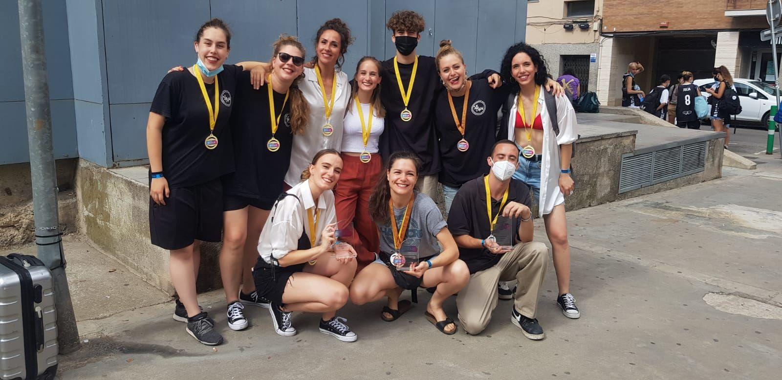 L'Escola de Dansa Julieta Soler «arrasa» amb 27 trofeus en una sola temporada