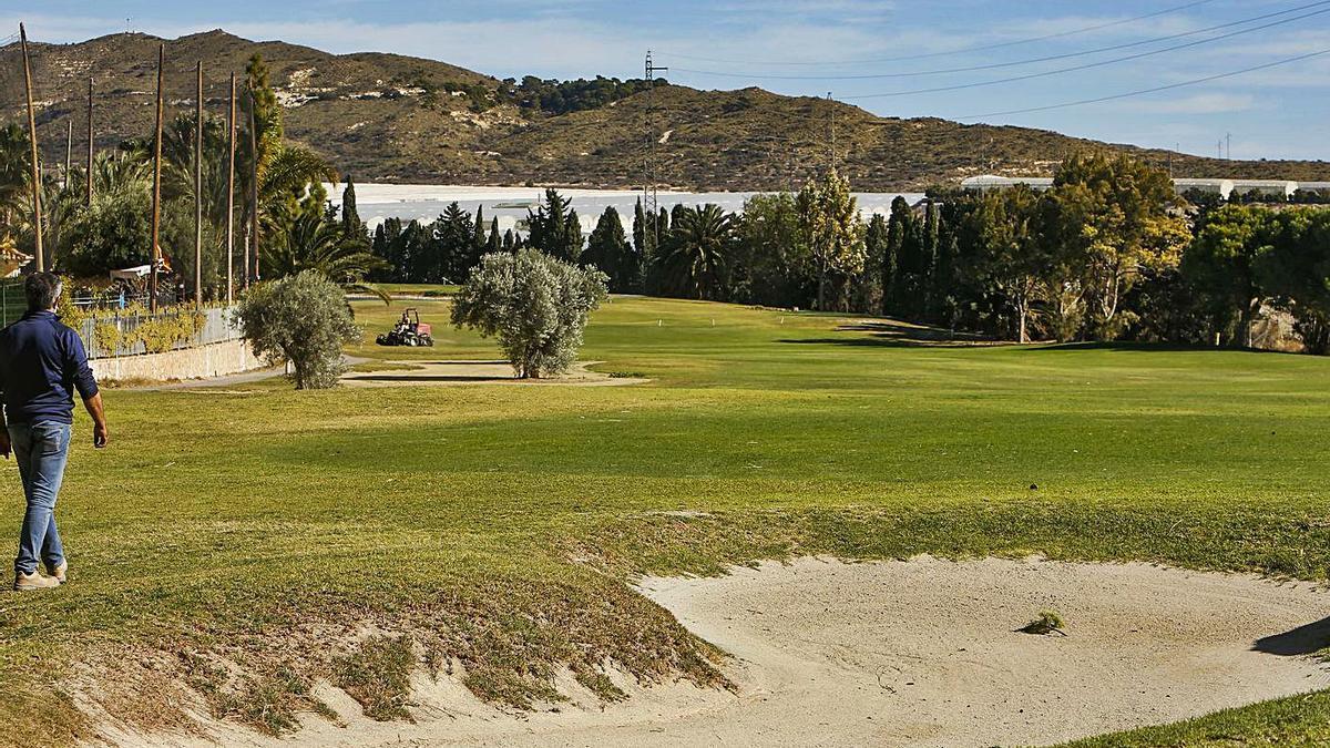 Siete mil empleos mantiene el sector del golf en la provincia de Alicante.
