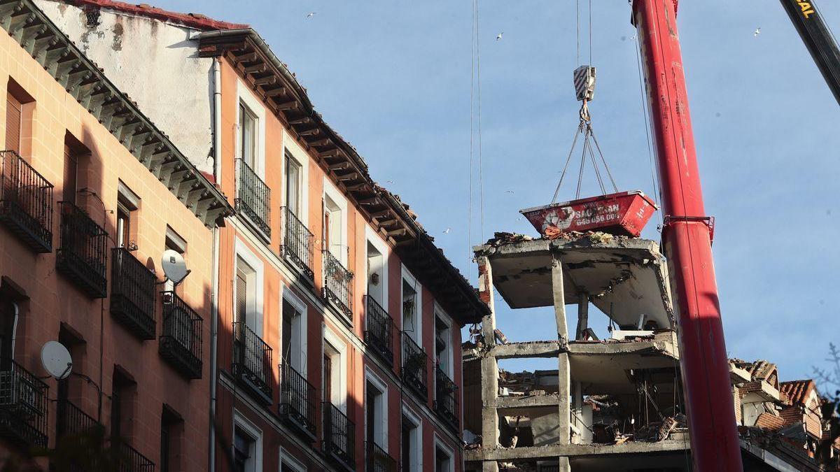 La policía descarta un accidente laboral en la explosión del edificio de Madrid