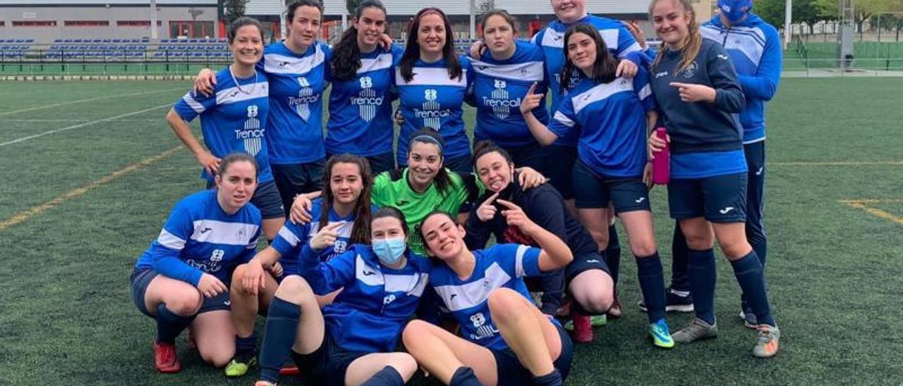 Las jugadoras del Alginet firman una doble jornada sin derrotas. | LEVANTE-EMV