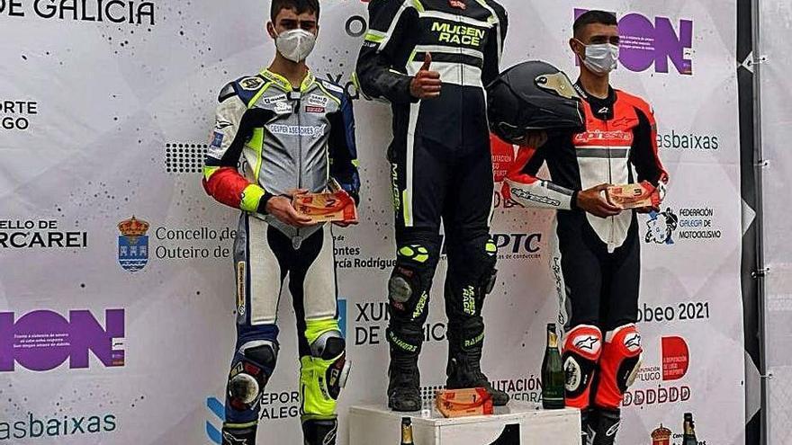 Adrián Fernández repite podio en el Campeonato Gallego Supermotard 450