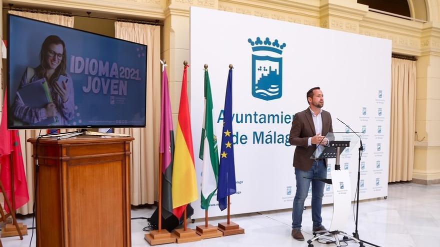 Málaga concede ayudas a más de 300 jóvenes para estudiar idiomas