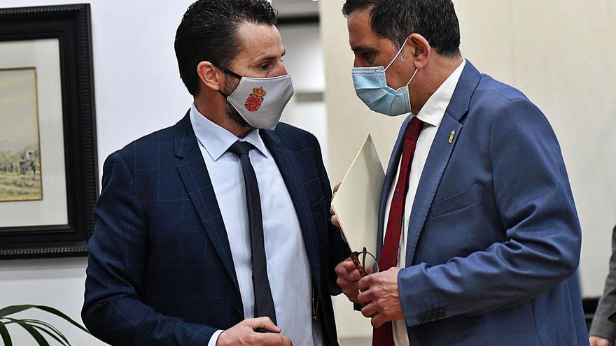 Acuerdo para el reparto de 20 pedanías: 9 para PSOE y 11 Cs