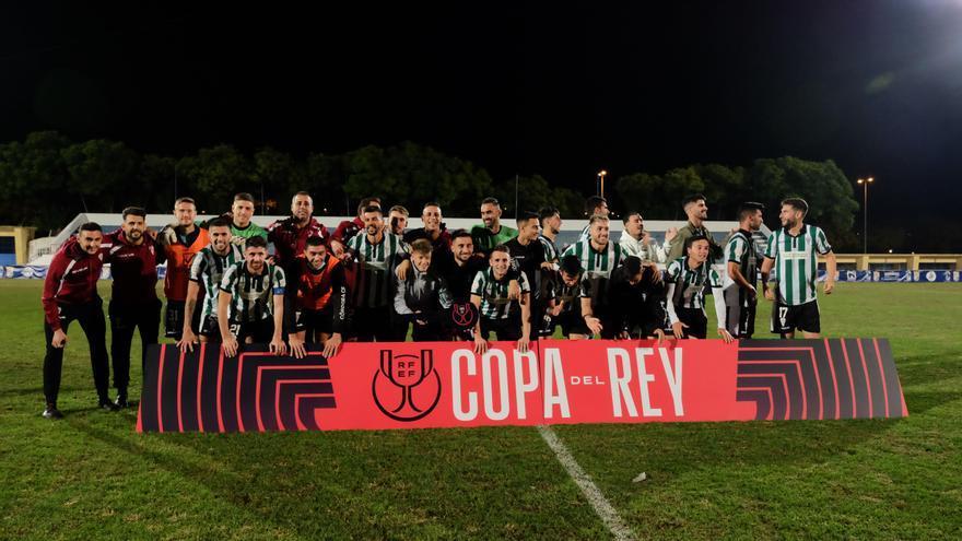 El Córdoba CF gana en Jerez y se mete en la Copa del Rey