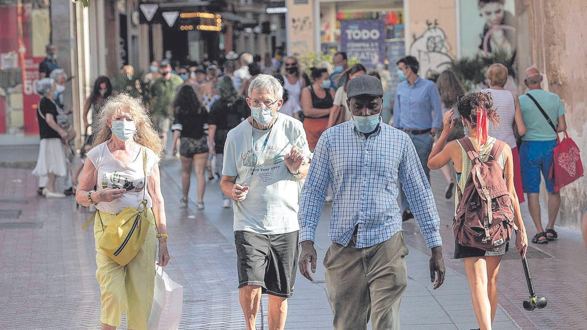 Pese a  la mejor situación, Arranz sigue recomendando mantener las medidas de seguridad y el uso de mascarillas.