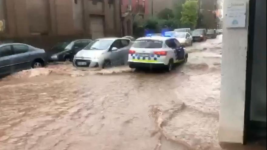 Carrers inundats a Artés per un fort aiguat