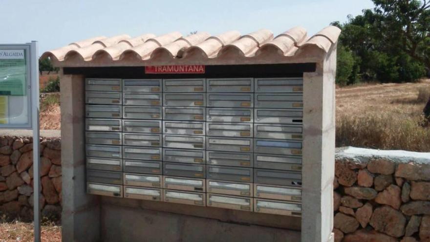 Alertan del desperdicio de papel en buzones colectivos de Calvià