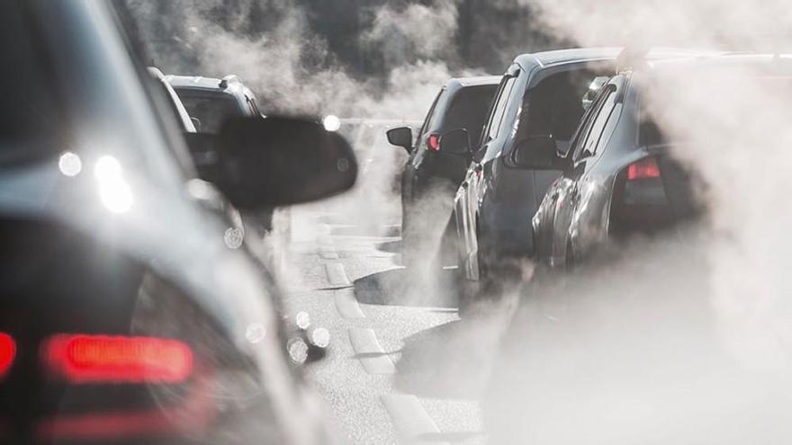 Las emisiones de CO2 de los coches nuevos caen un 4,24% en el primer semestre