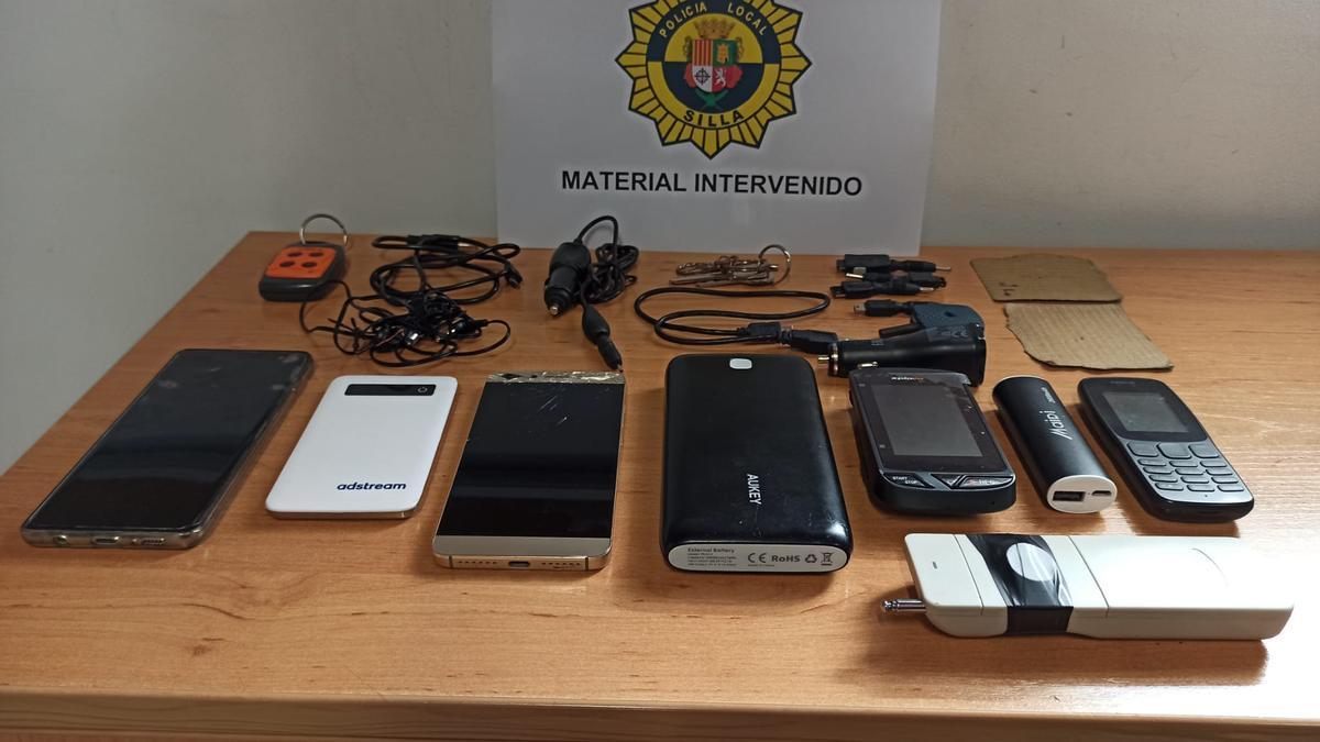 Material intervenido por la Policía Local de Silla.