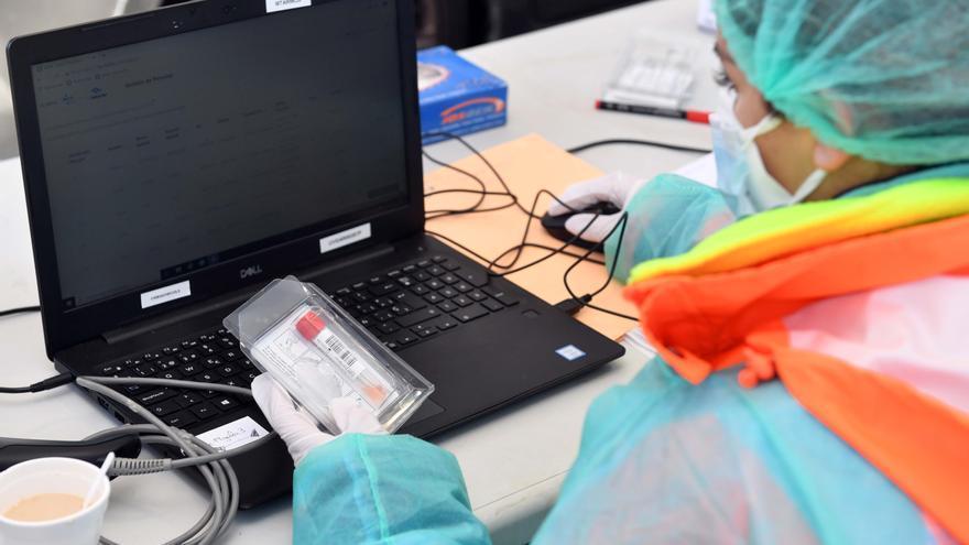 El Sergas cita a 3.000 vecinos de Arteixo para someterse a una prueba PCR