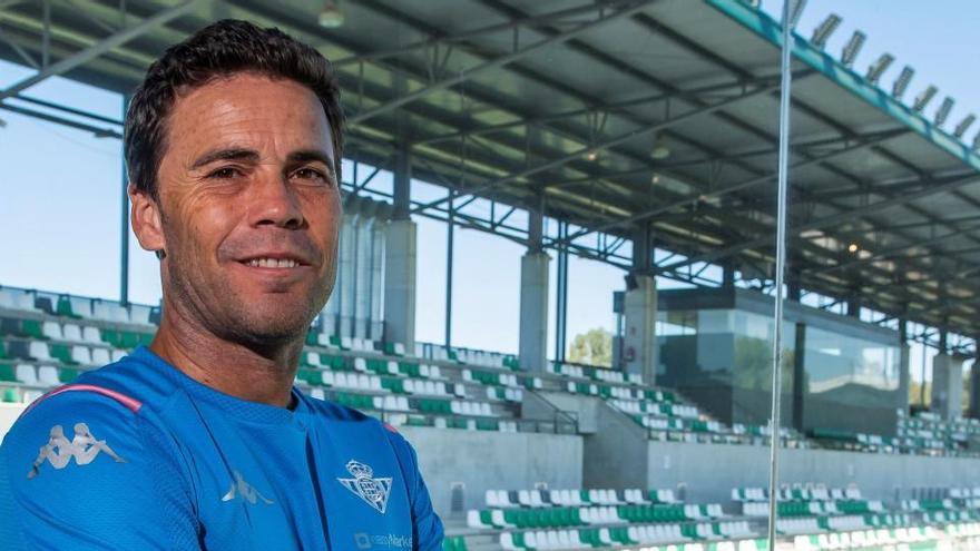El Betis destituye a Rubi y nombra a Alexis nuevo técnico