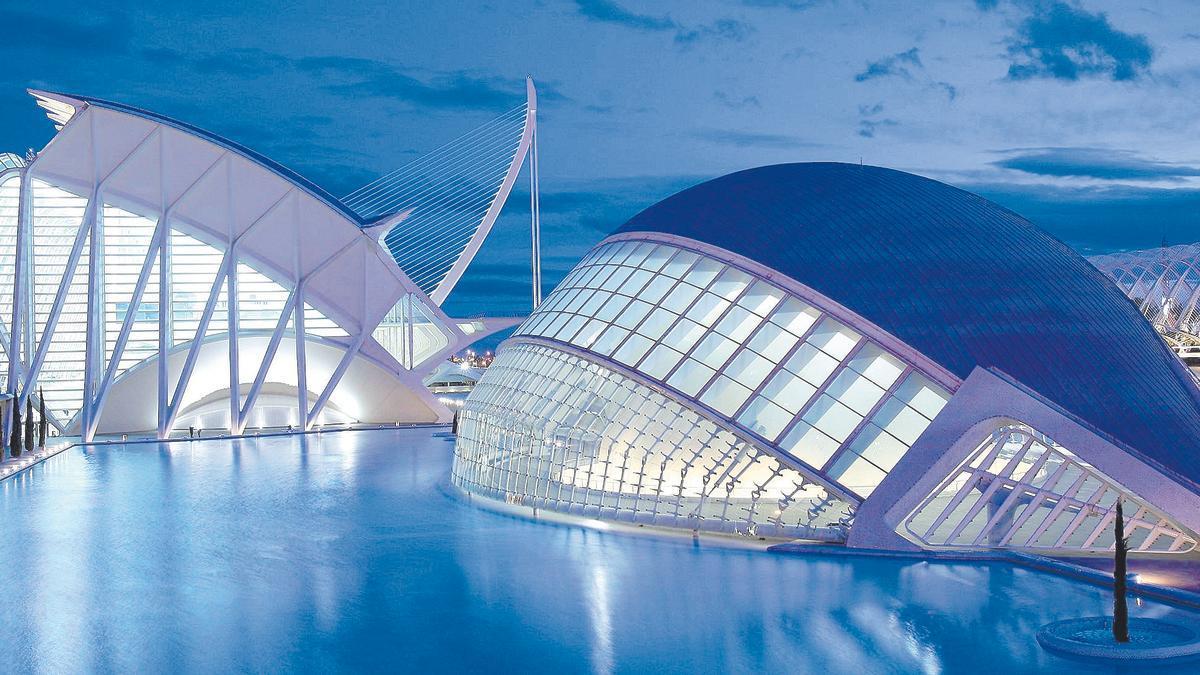 Vanguardia, historia, mar, montaña y gastronomía, los cinco argumentos más valorados por los visitantes de la Comunitat.