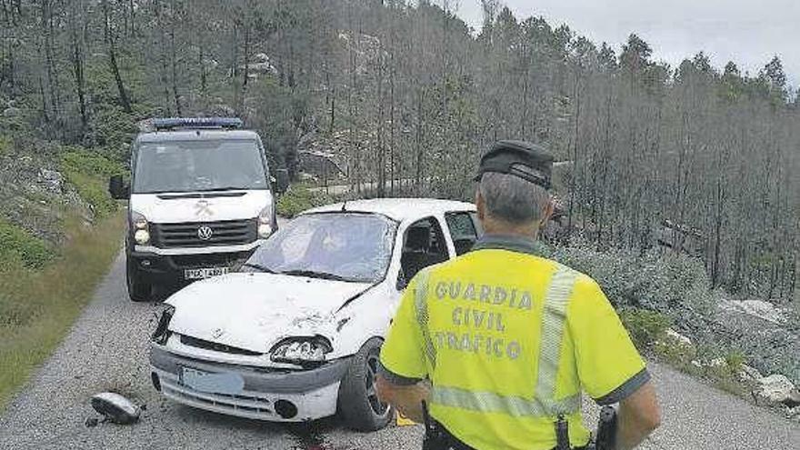 Un vecino de A Cañiza de 41 años fallece tras una salida de vía en Gondomar