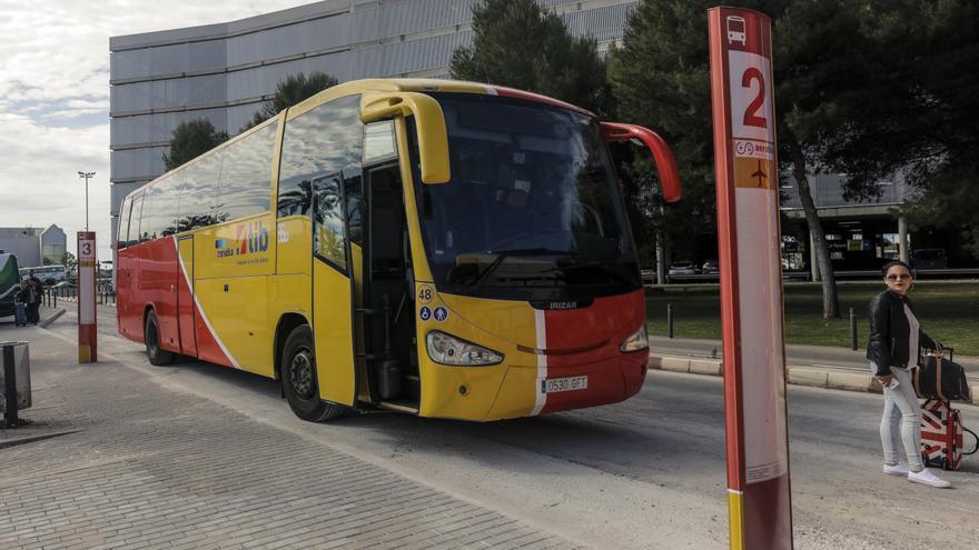 Reactivan los autobuses del aeropuerto de Palma a las zonas turísticas