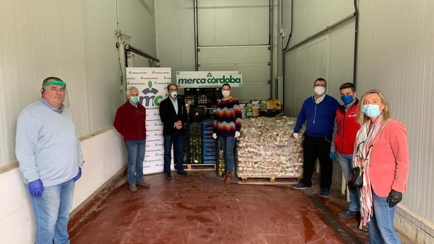 Coronavirus en Córdoba: Mercacórdoba entrega más de 4 toneladas de fruta y hortalizas para su reparto