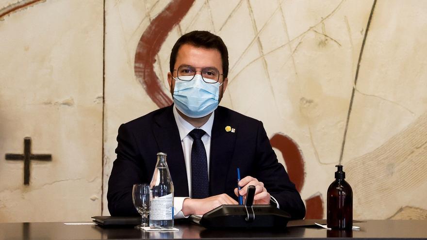 El Govern acorda reduir el sou d'Aragonès en un 15%