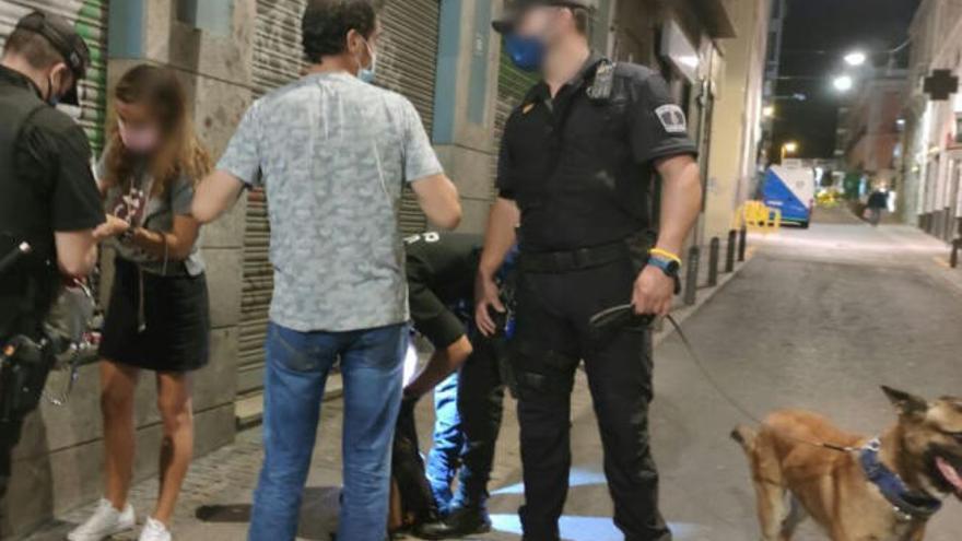 La Policía Local de Santa Cruz levanta 170 actas durante el fin de semana