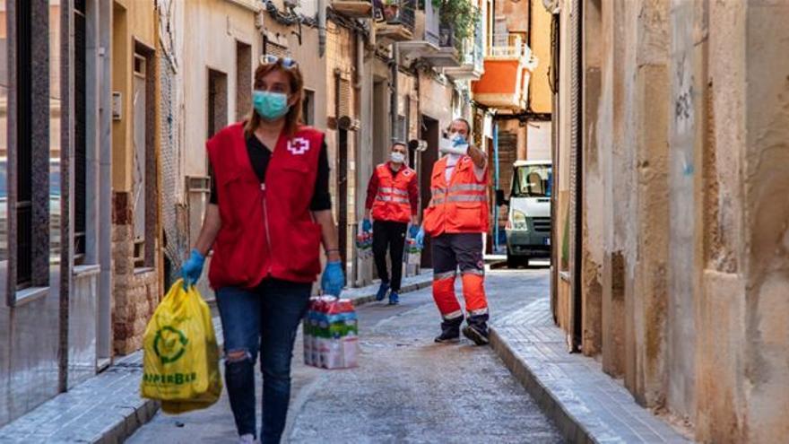 La campaña de Aigües d'Elx y Cruz Roja alcanza las 800 altas nuevas en el 'Área de clientes' de la página web