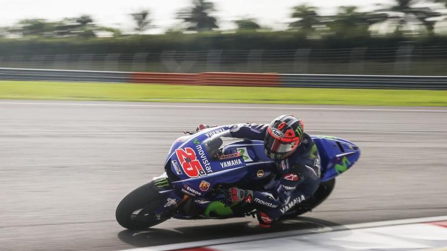 Maverick Viñales és el més ràpid a Sepang amb la Yamaha