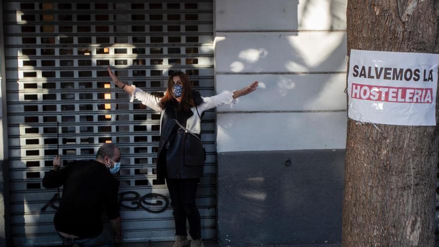 La hostelería alerta de que las restricciones supondrán el cierre del 50 % del sector
