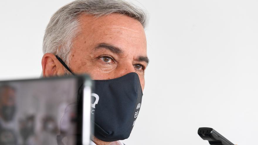 Serra acusa al equipo rectoral saliente de borrar información de los ordenadores