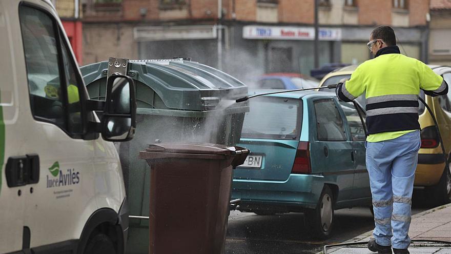 Dos errores administrativos paralizan el contrato de basura y el Plan de Movilidad