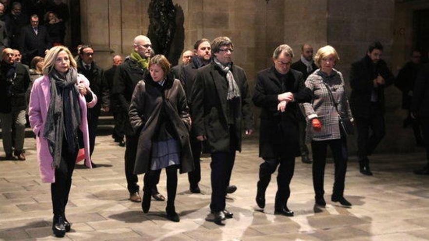 Mas, Ortega i Rigau surten del Palau de la Generalitat cap al TSJC