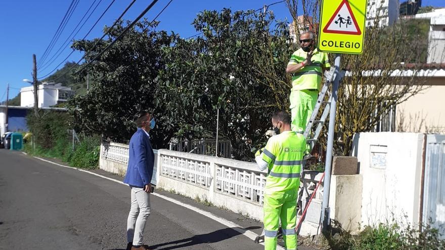 El Consistorio refuerza la seguridad vial en puntos peligrosos de Las Canteras