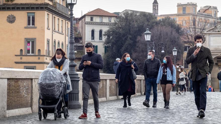 Italia registra más de 16.000 nuevos casos y se acerca a los 4 millones de positivos