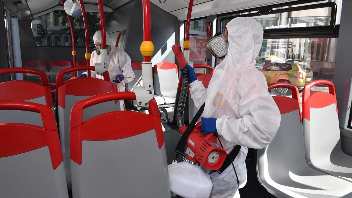 Los buses de A Coruña limitan al 50% la ocupación de asientos y al 60% la de viajeros a pie