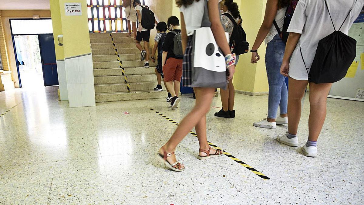 Las medidas anticovid en las aulas murcianas se han llevado gran parte del presupuesto. | ISRAEL SÁNCHEZ