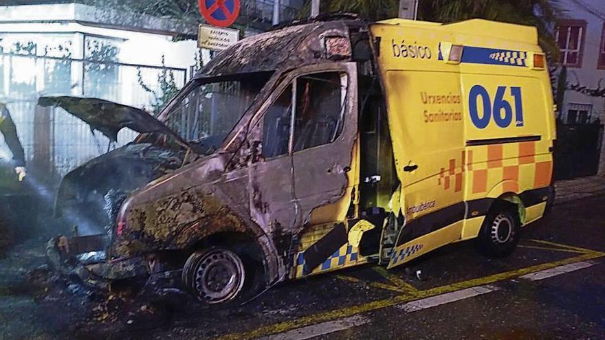 """La patronal denuncia """"sabotajes"""" contra seis ambulancias del 061 en Galicia"""