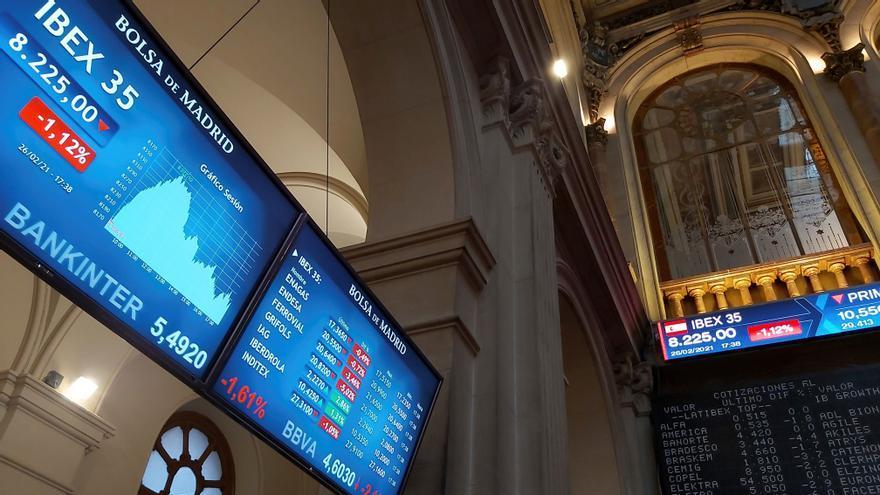 El Ibex 35 repunta un 1,86% y se acerca a los 8.400 puntos