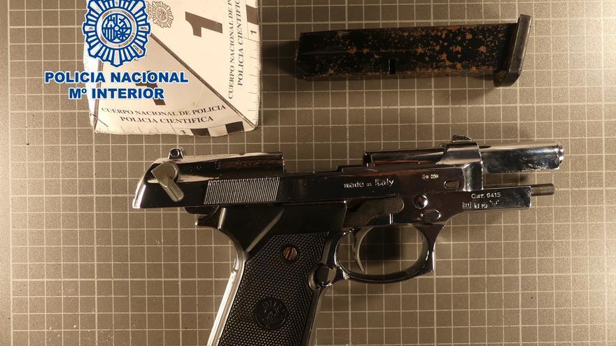 Detenido por amenazar a varios vecinos de Yecla con una pistola
