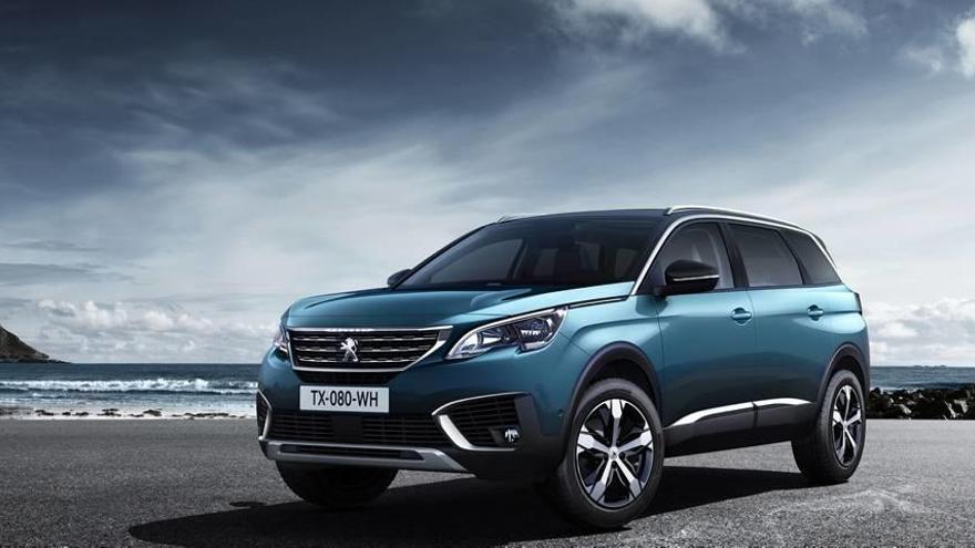 Así es el nuevo Peugeot 5008, con aires de todocamino