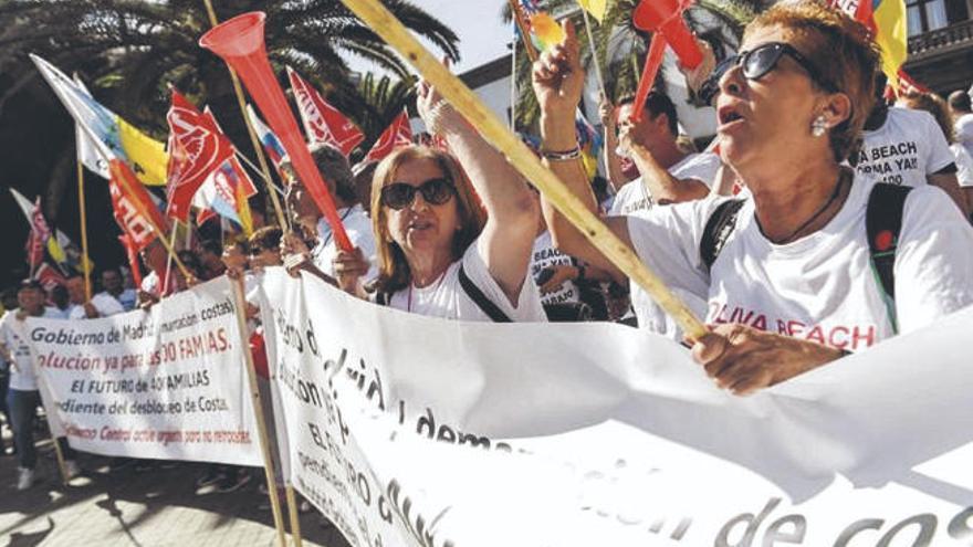 El personal de RIU reanuda las protestas para reclamar la mediación de Torres