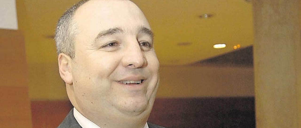 """Miguel Ángel Ramírez: """"La UD de Primera, si logra el ascenso, será una UD de canarios"""""""