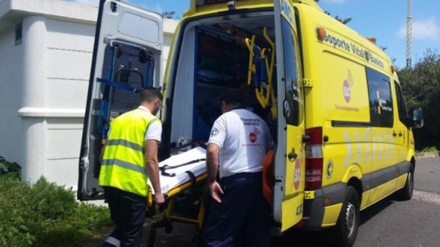 Un motorista resulta herido en un accidente de tráfico en La Palma