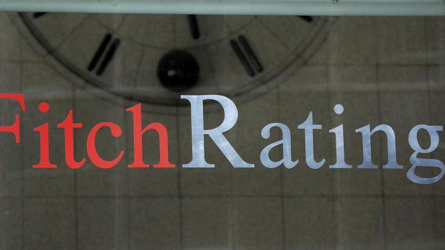 Fitch duda de la banca española y augura más provisiones frente a la crisis